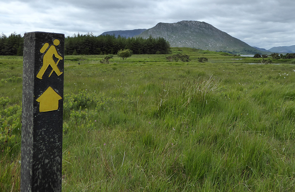 ireland self-guided trekking connemara