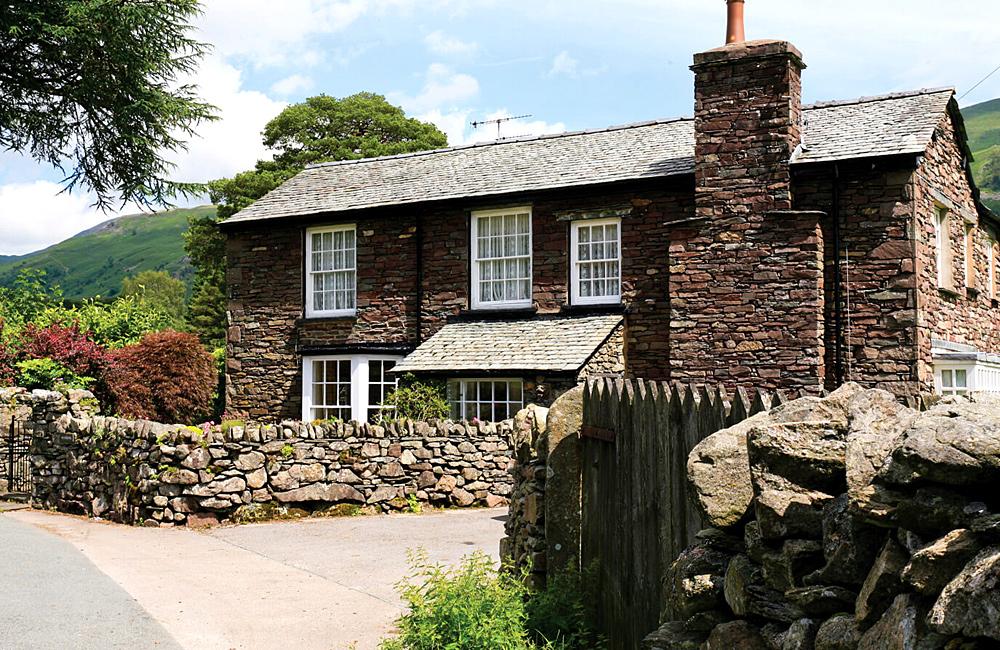inn to inn trekking holidays in england