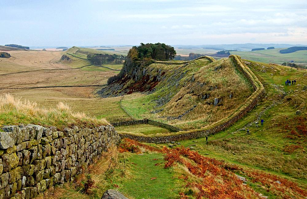walking along the hadrian's wall