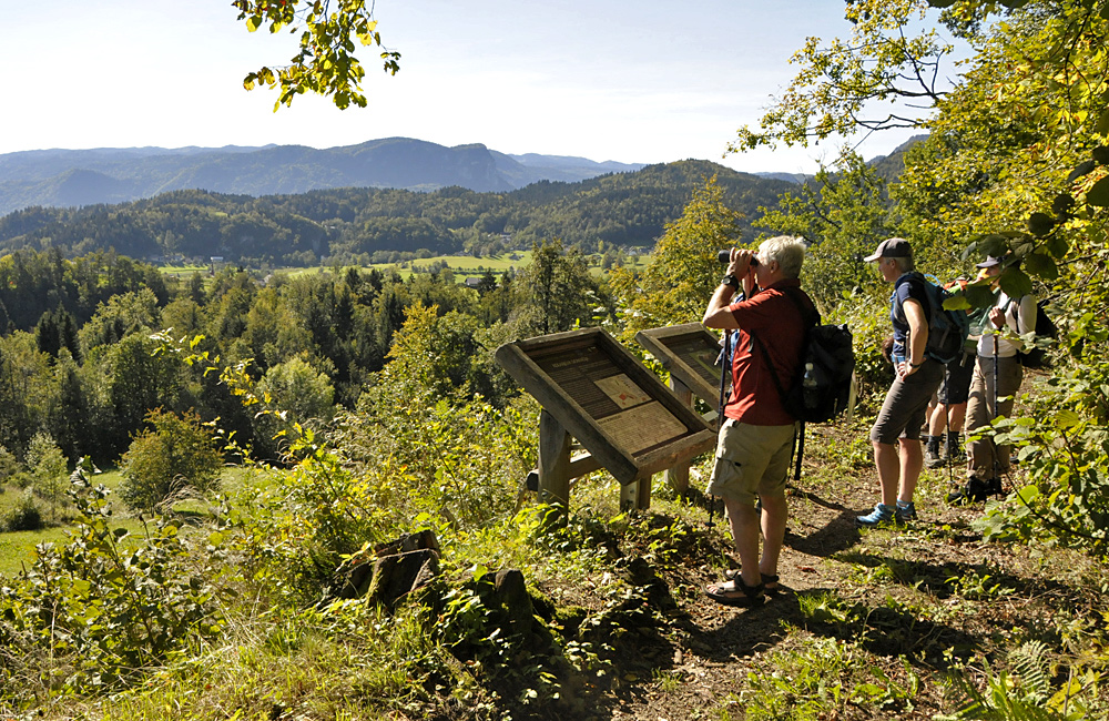 independent hiking tours in slovenia