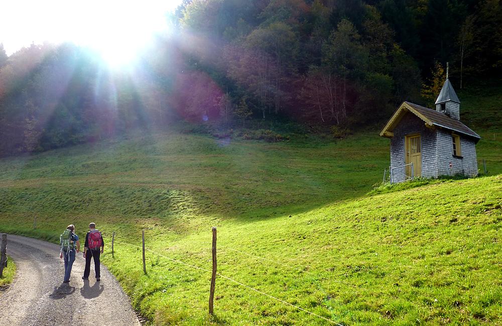 independent hiking tour austria