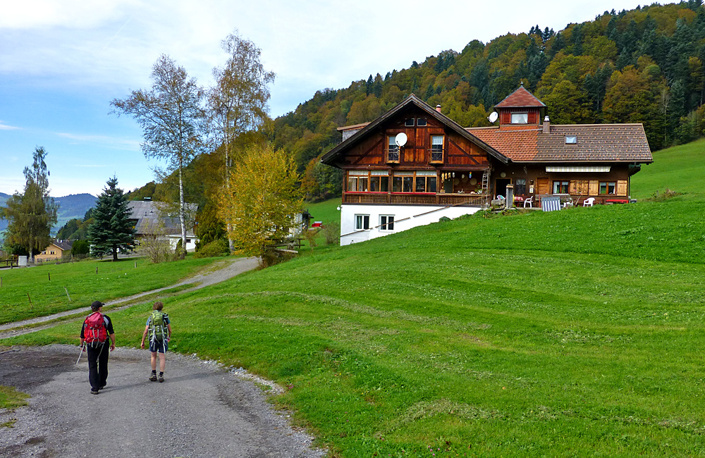 self-guided walking holiday in austria