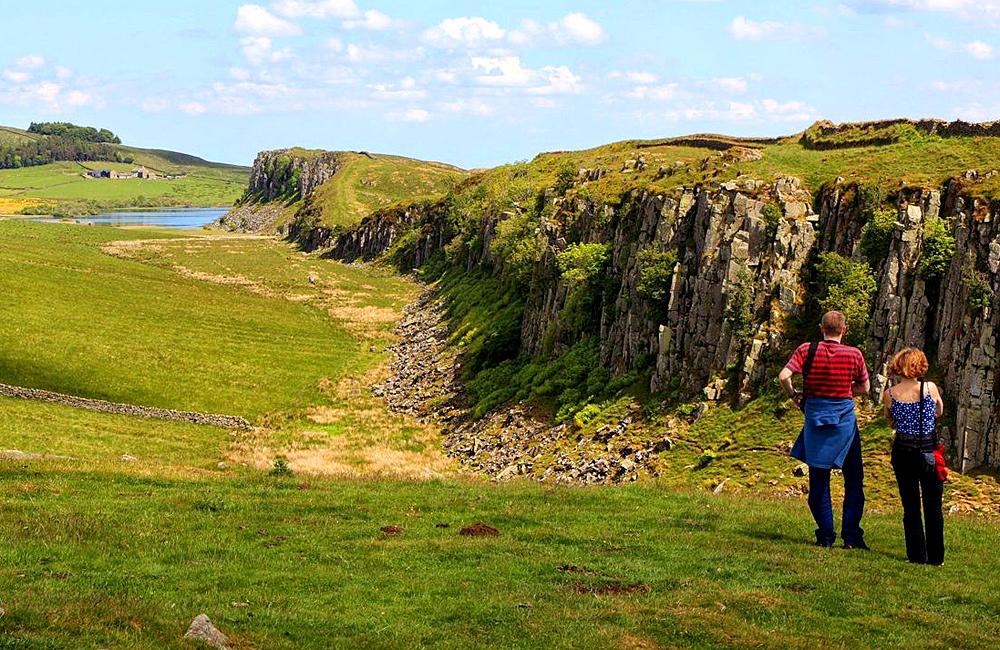 walking the hadrian's wall way