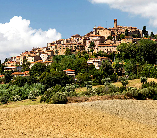 self-guided hiking and walking in tuscany