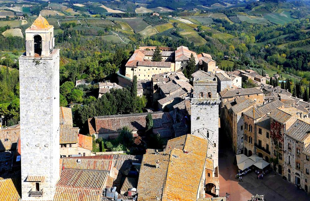 independent hiking along via francigena, tuscany, italy