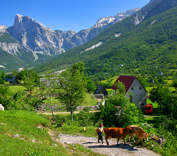 albania inn to inn walking and hiking treks