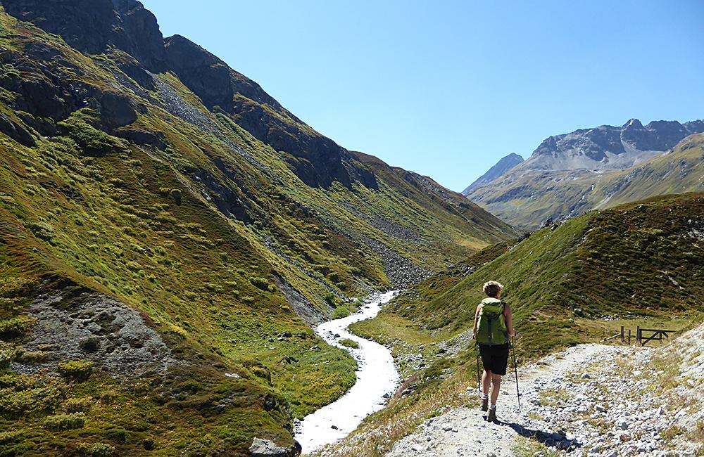 grisons inn to inn hiking in the swiss alps