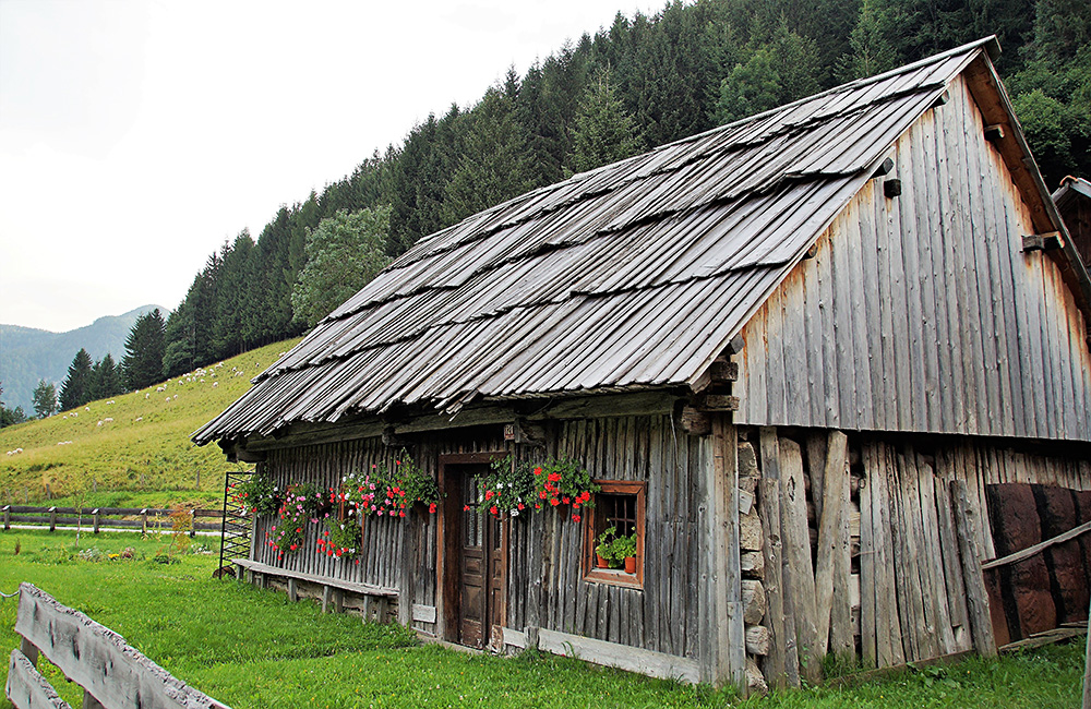 inn to inn independent walking and hiking tour in slovenia