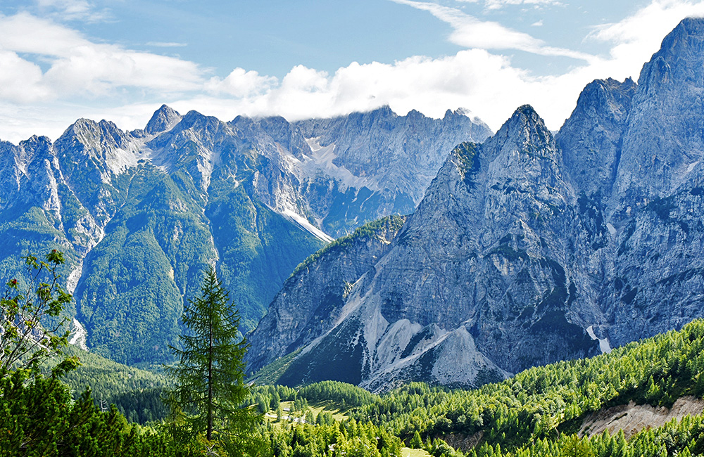 self-guided trekking and walking tour of the julian alps
