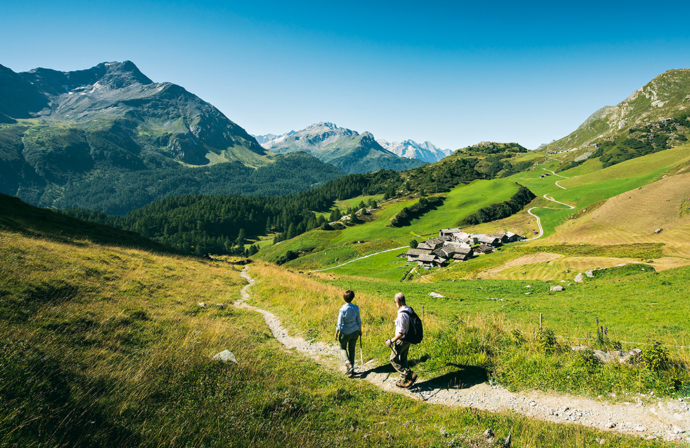 via engiadina independent trekking tour in switzerland