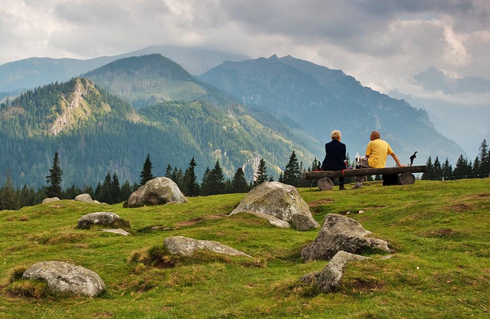 carpathain inn to inn walking and hiking tours