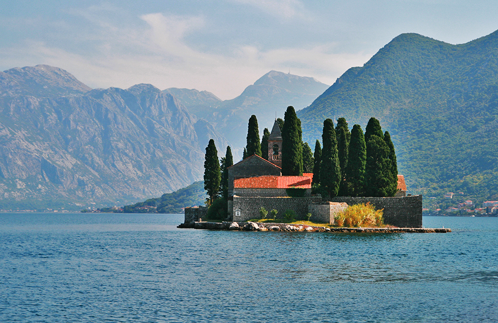 self-guided hiking and trekking tours in montenegro