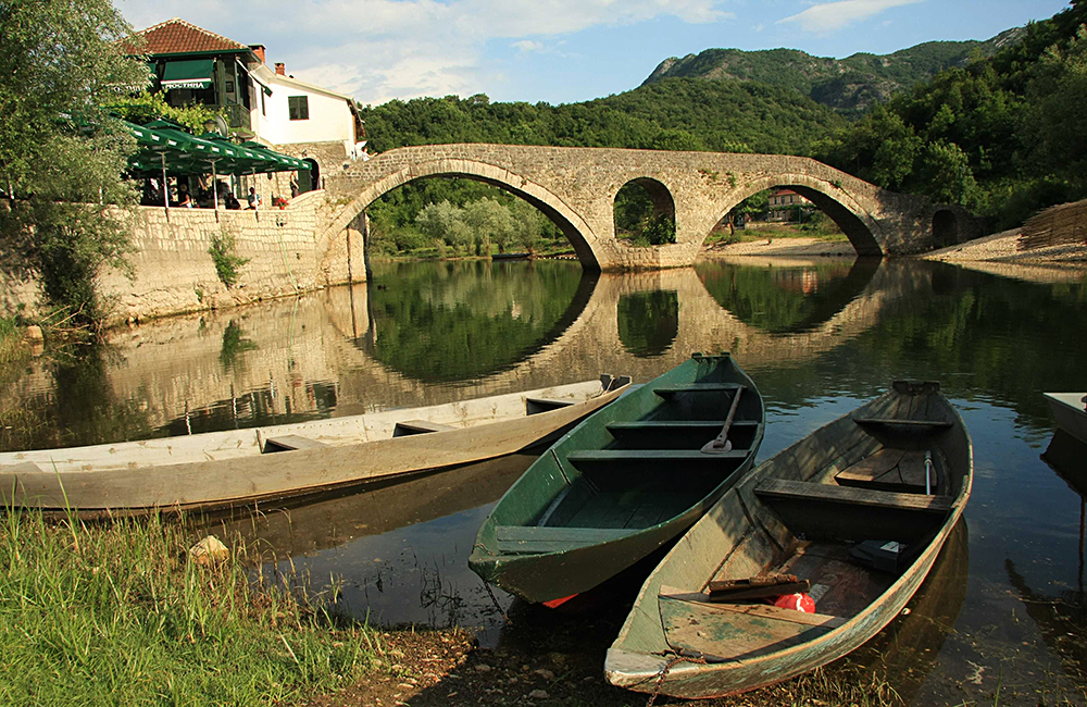 unguided rambling tours in montenegro