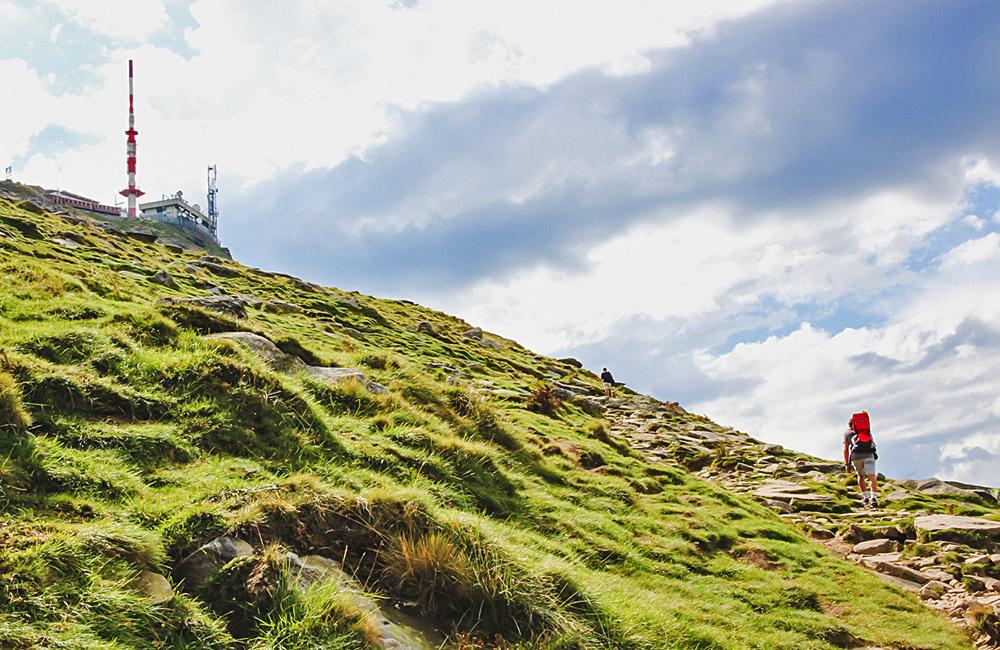 frensh basque country self-guided trekking