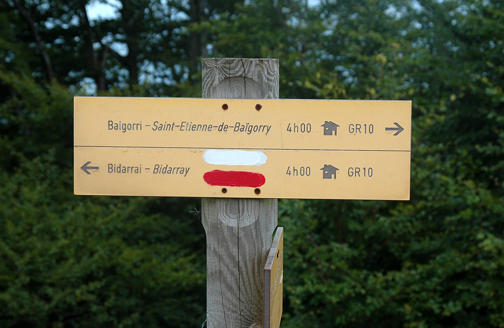 gr10 self-guided walking and hiking in france