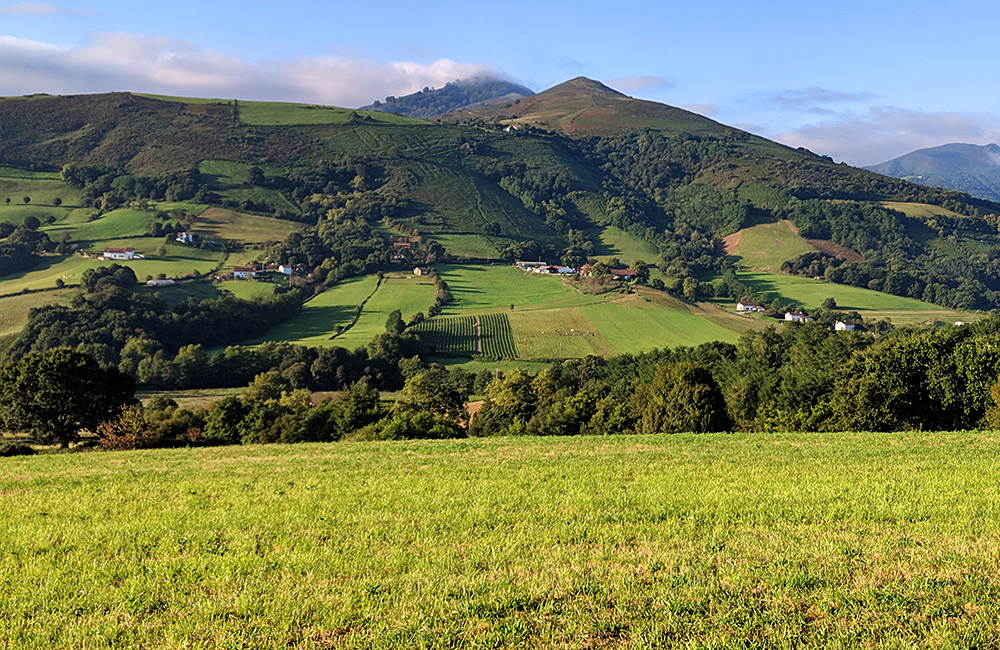gr10 basque country self-guided walking france