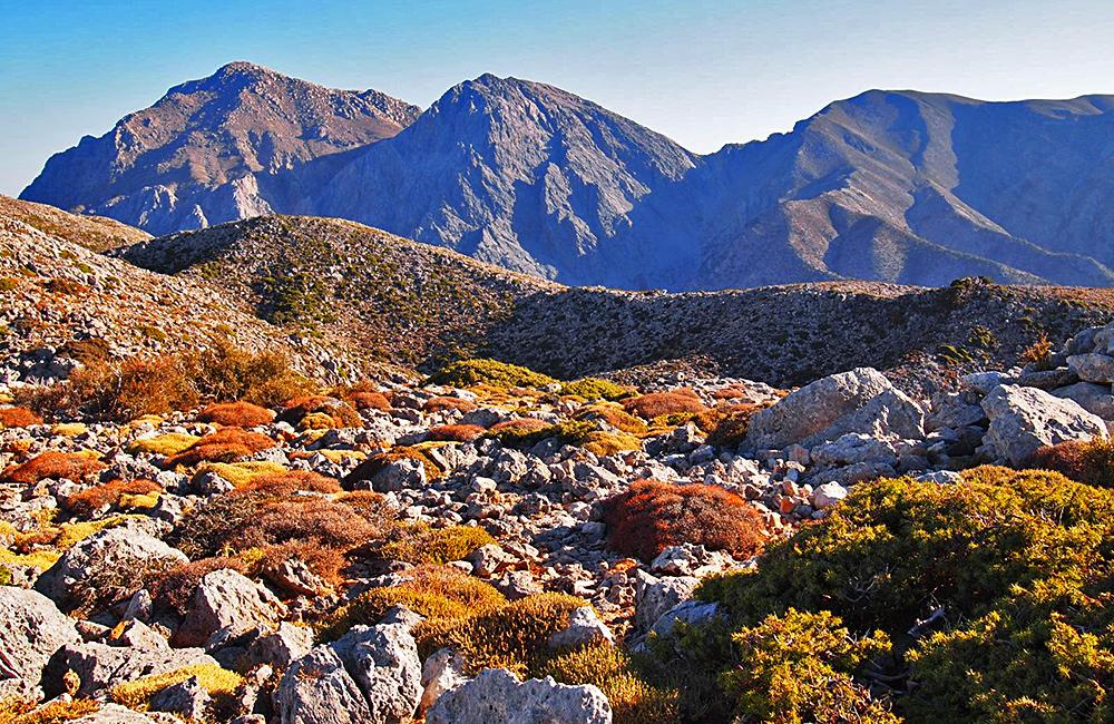 crete independent trekking tour
