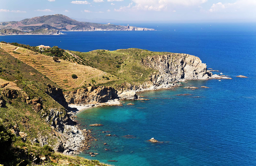 vermillion trekking tour in france and spain