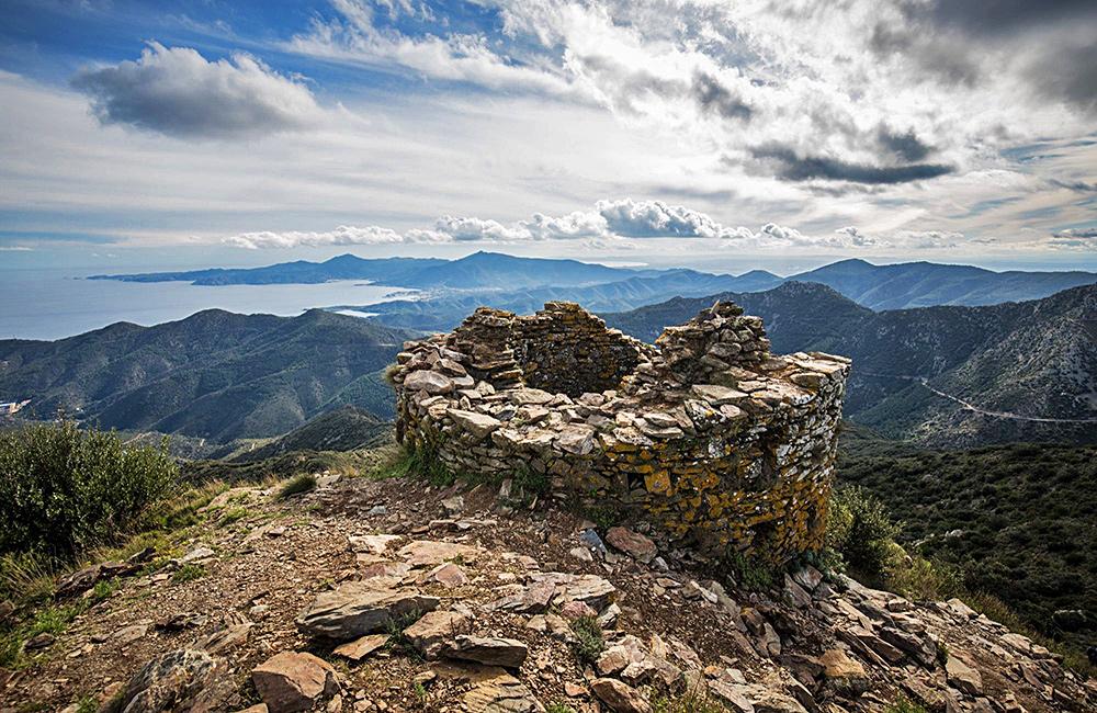 vermillion coast hiking and walking tour