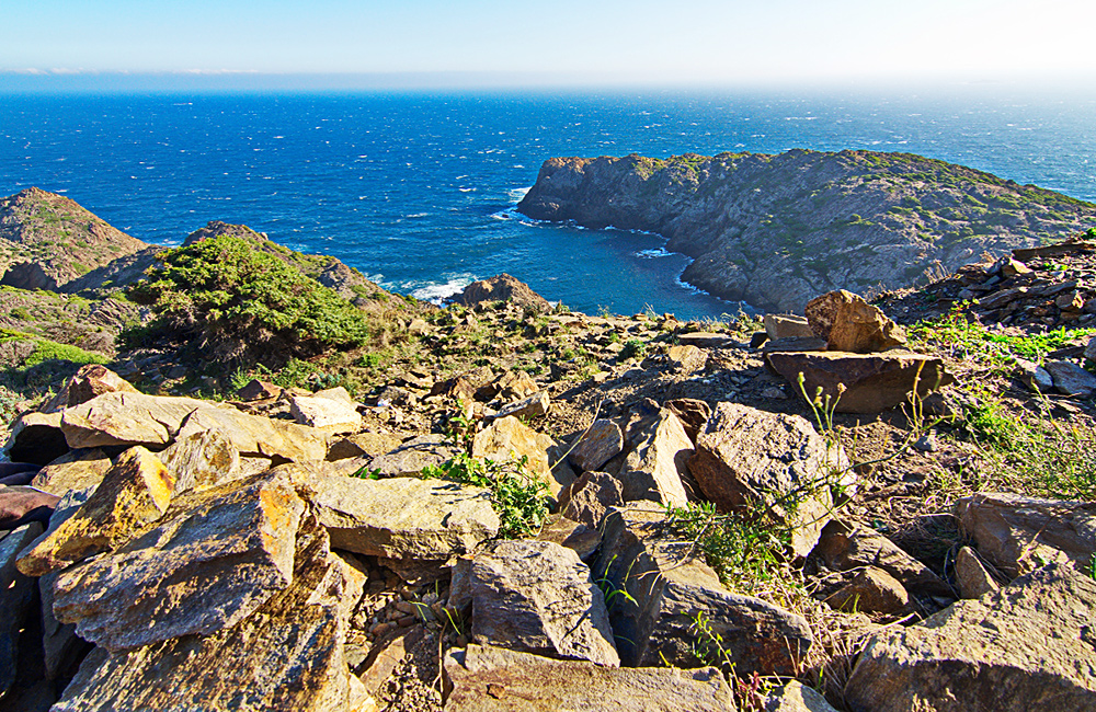 france and spain self-guided walking holiday