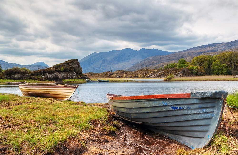 self-guided trekking and hiking in ireland