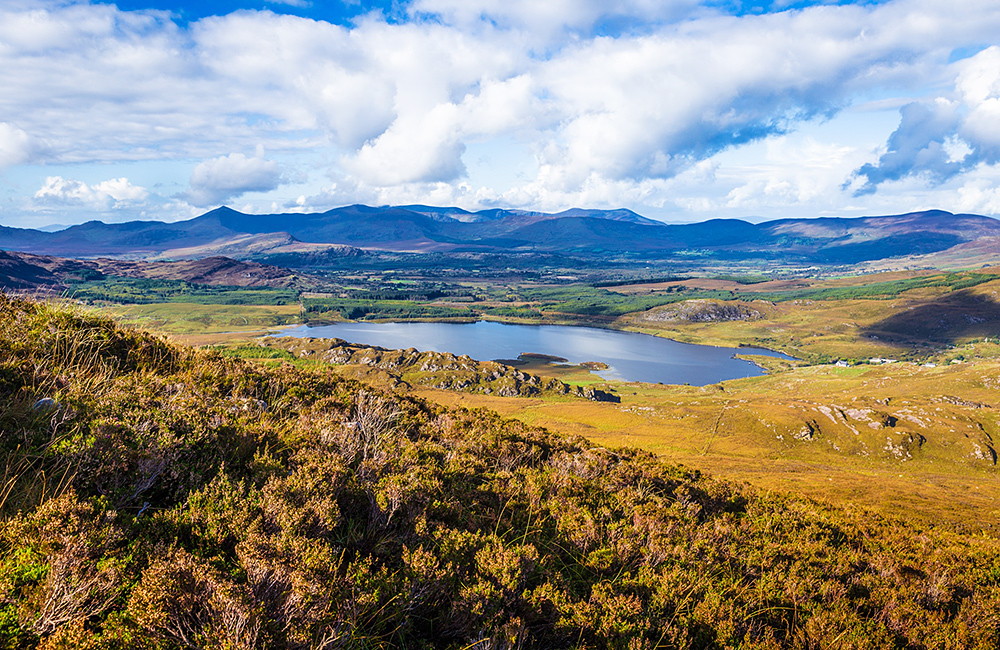 unguided trekking and walking holiday in ireland, kerry way