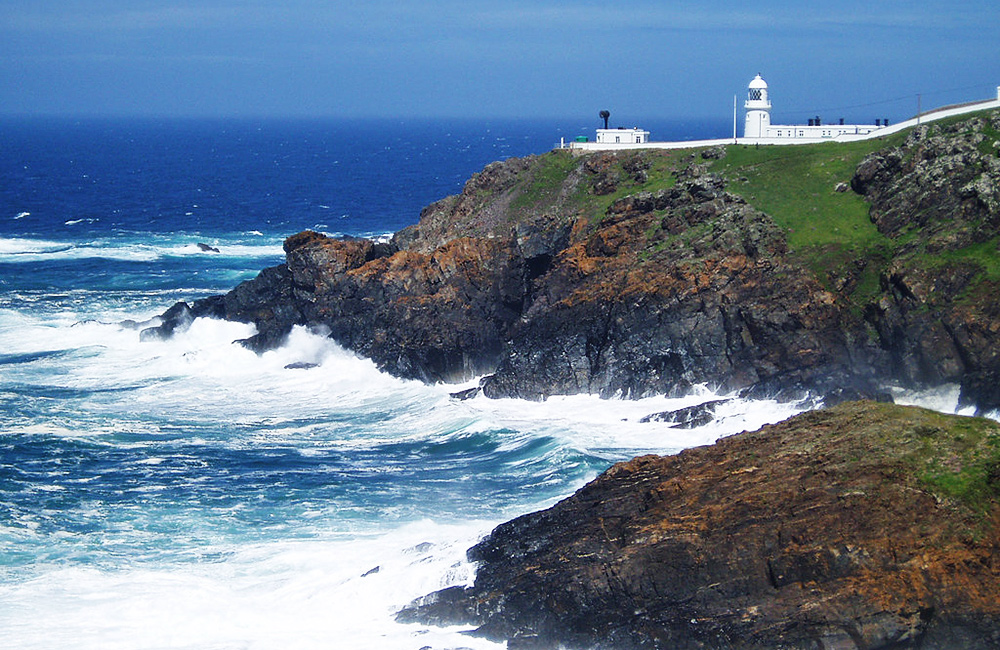 south west coast path independent walking cornwall