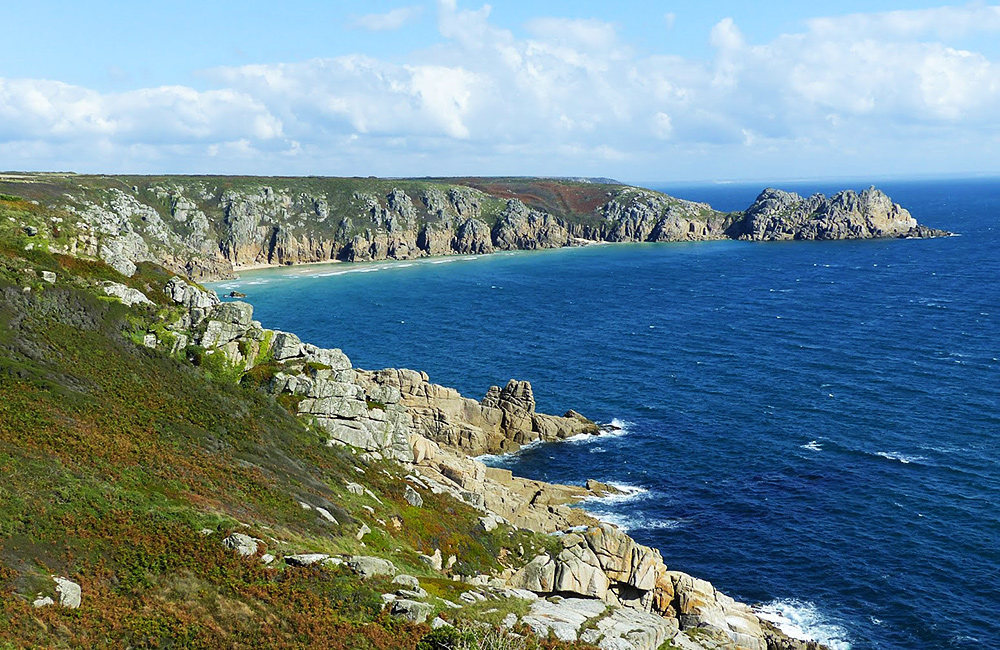 unguided trekking in cornwall and england