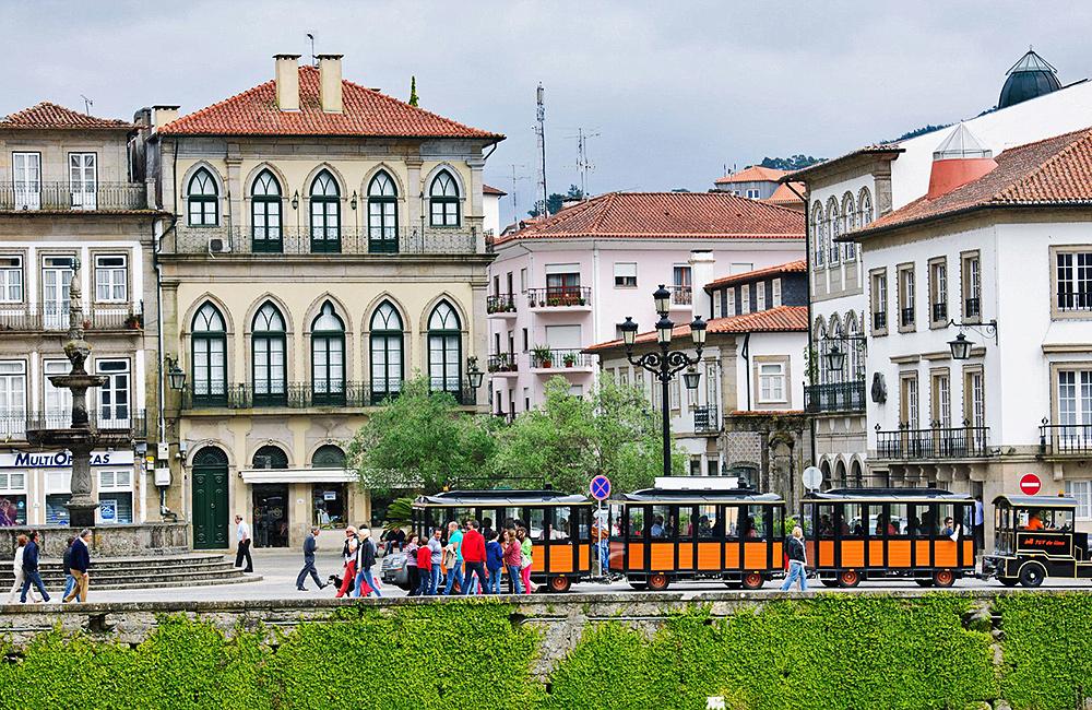 camino de santiago trekking in portugal