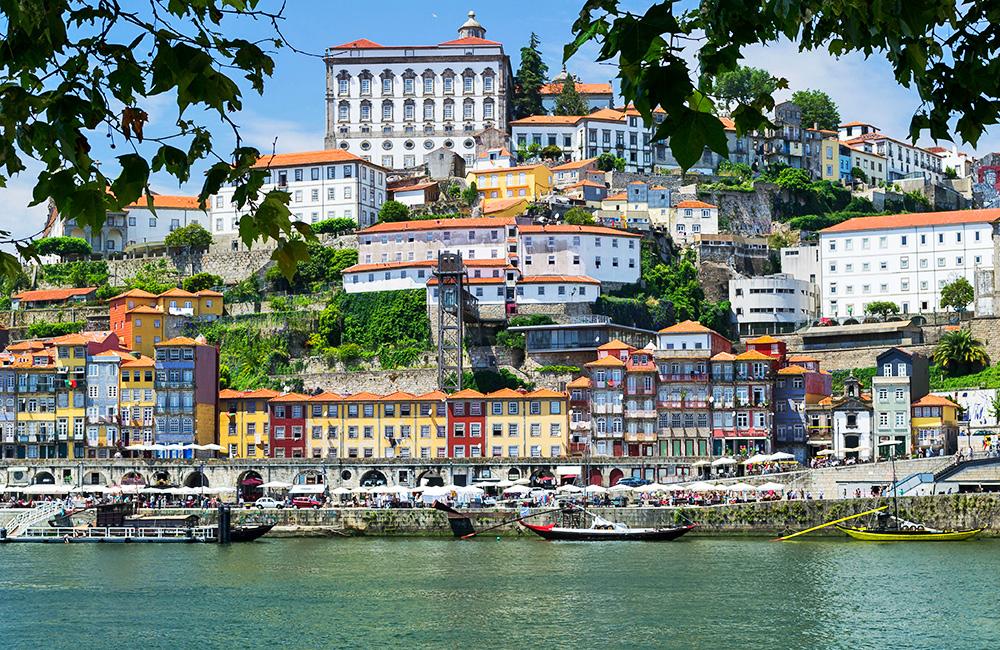 self-guided-trekking-portugal,-porto