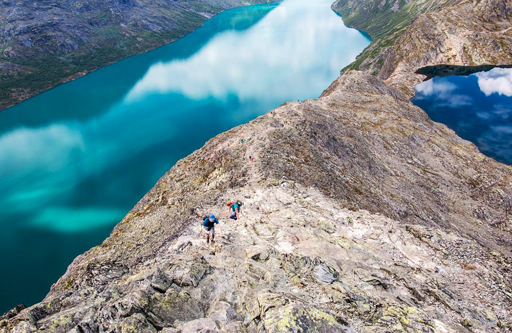 norway independent walking and tramping holidays